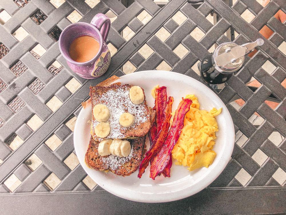 breakfast gold (1 of 1).jpg