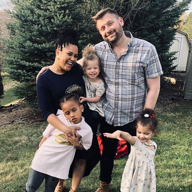 Happy Easter from the Barnetts 🐰🐇🐰🐇🐰🐇🐰• • • • • • • • #familylife#familymattets#interacialcouple#interacialfamily#interacialcouples#crosscultural#interracialcouple#interracialmatch#interracialrelationship#interracialromance#mixedkids#mixedboys#biracialkids