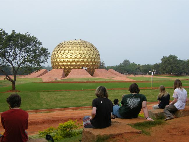 Matrimandir, Auroville