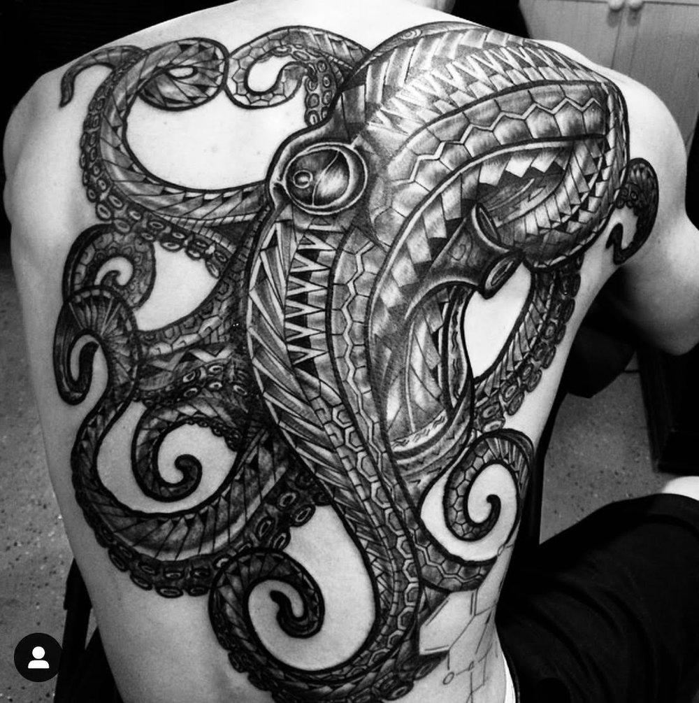 He'e tattoo. Photo courtesy of the Artist.