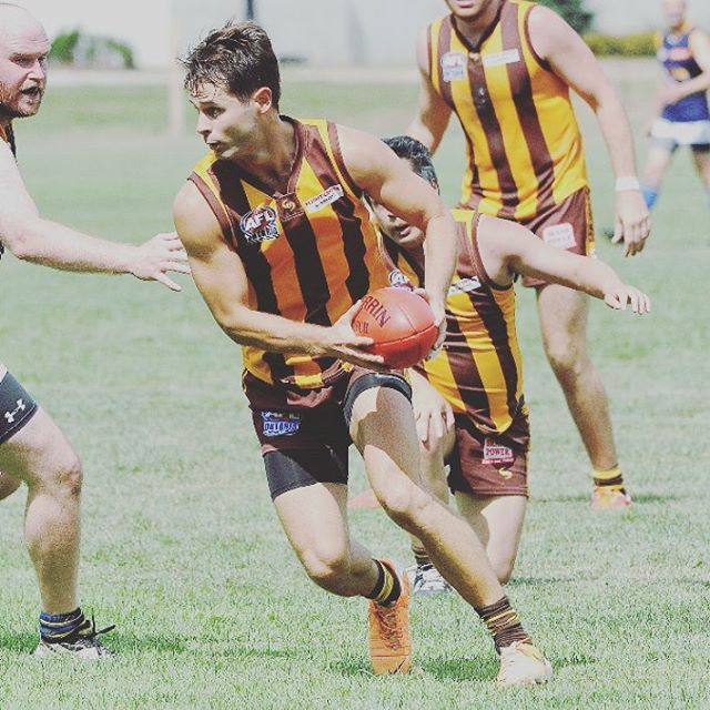 Put on your best PARTY SHIRT (mandatory) and enjoy the OPEN BAR (7pm-9pm) to kick off the 2017 footy season!  After our round 1 game on May 27 against the High Park Demons, the Hawks will be hosting the annual season launch party @ the Fox & Fiddle on the Danforth.  Food included, tickets are $40 on the night. Please RSVP or contact @hussler44 or Cogsy.