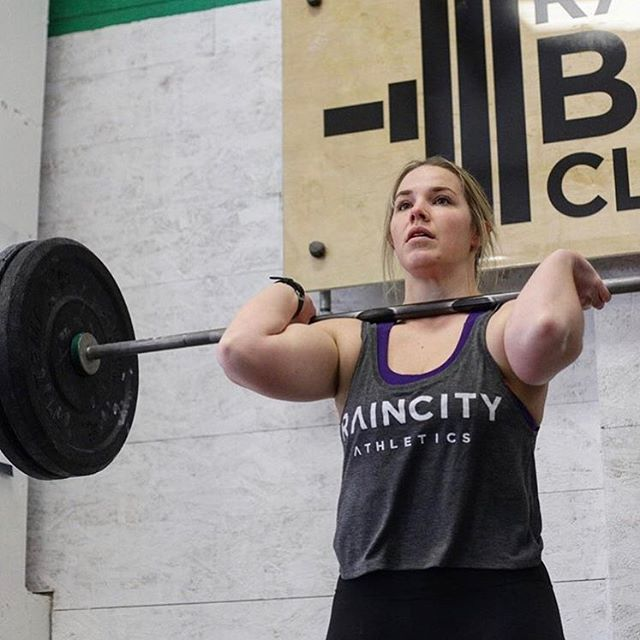 📷 @athlete_inside from FFL finals this past weekend 🔥 ・・・ #raincityathletics #raincityathls #rathletes #community #competition #crossfit #functionalfitnessleague #functionalfitness #FFL #FFLYVR #TheFFL