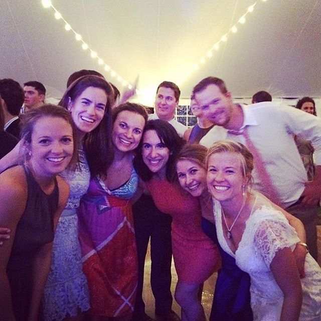 #Regram from @kskylerwalley8! Quite the Rêve crew on the dance floor at Fran and Ben's wedding weekend. Congratulations, @francesladd and @benmitchelllewis!! #BennyandFranny #RêveDoesVT