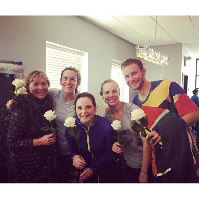 Sweaty smiles and roses were the order of the day at the studio this morning! Happy Valentine's Day!