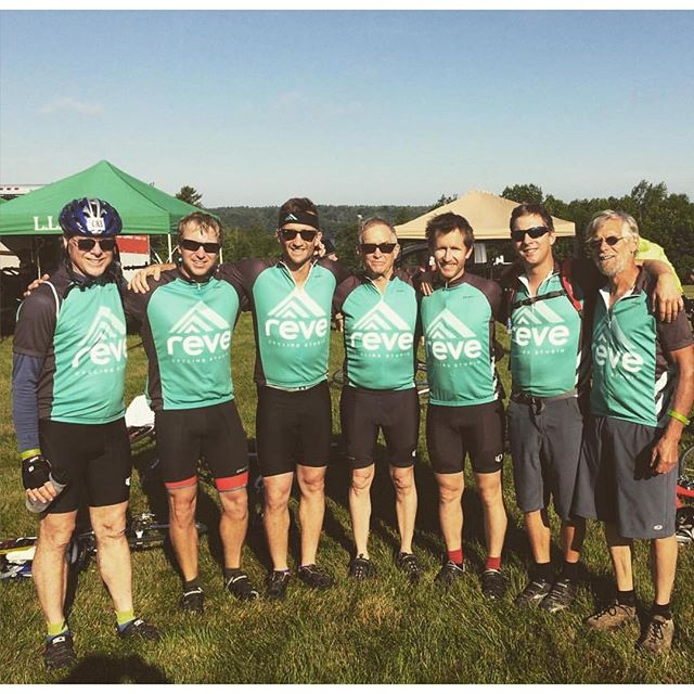 Happy Father's Day! We are especially proud of this crew of dads and lads who repped Rêve and completed the #TrekMe this weekend! 📸 @joannapease5