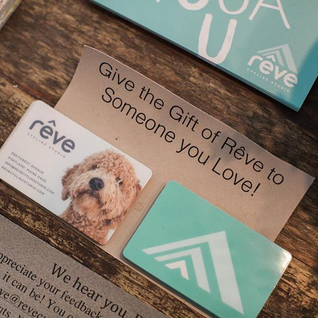 Looking for the perfect gift? From gift cards to gear, Rêve has you covered this holiday season!