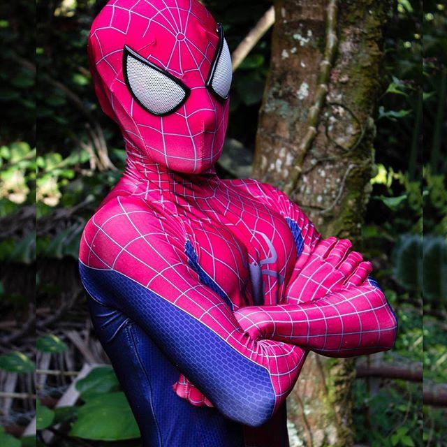There's a hero inside all of us ❤️🕷💙 • • • • • #regalcharacters #portland #saltlake #saltlakemoms #oregon #portlandkids #portlandmoms #livehappy #inspiration #tulsa #oklahoma #tulsakids #oklahomamoms #oklahomamoms #superheroes #spidey #spiderman #heroes #rolemodel