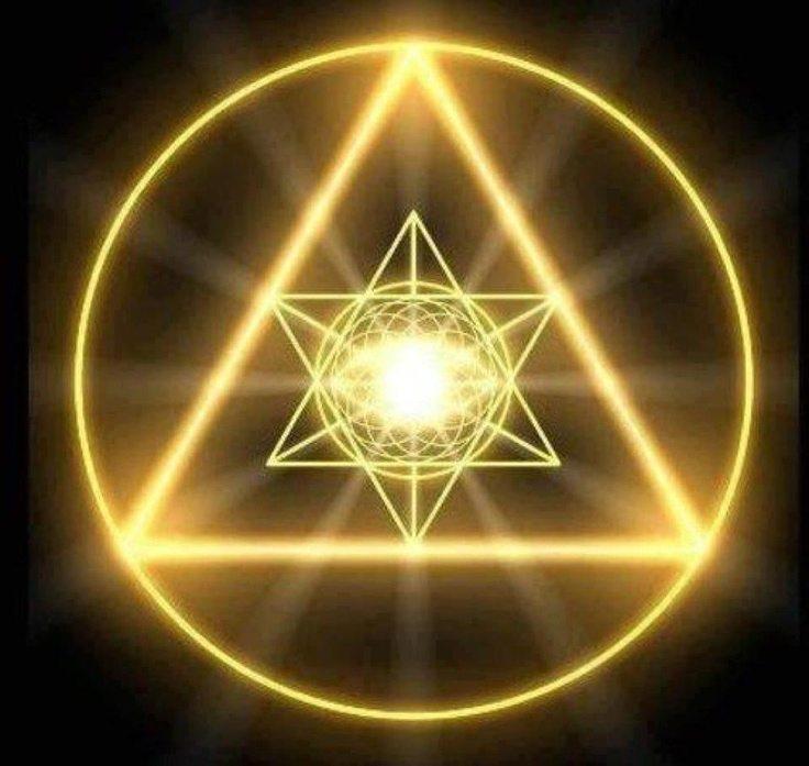 pyramidoflight.jpg