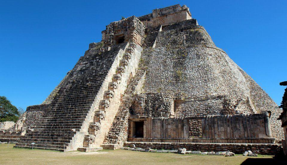 Pyramid of the Magician Uxmal Yucatan.jpg