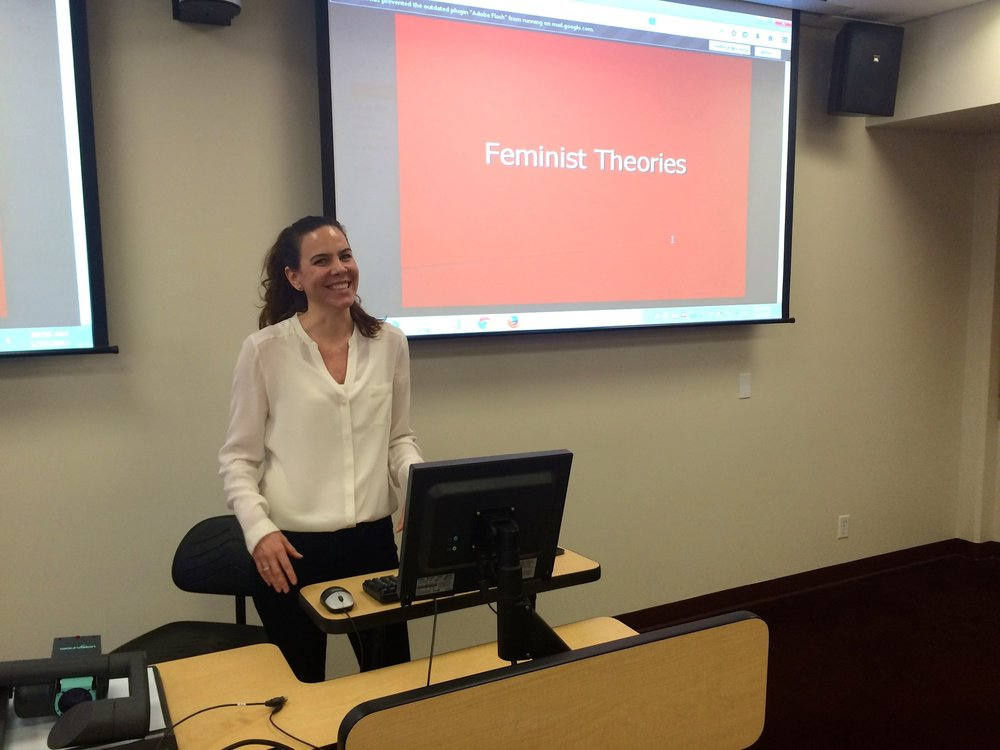 Amber guest lecturing  on theoretical orientations to MSW students at USC.