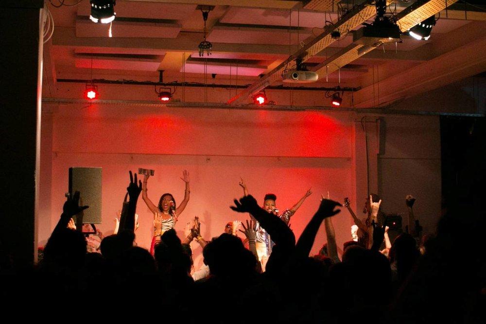 Le groupe Alsarah & the Nubatones a fait danser la salle. Philippe Pernot