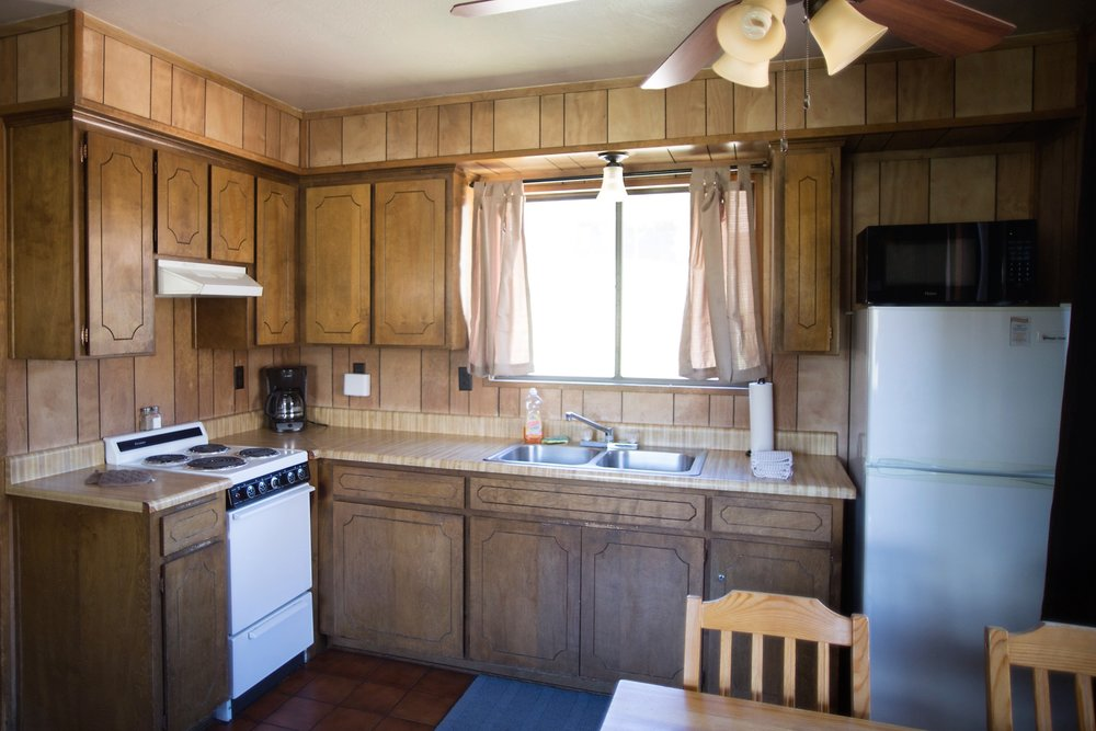 Cabin 3 Kitchen.jpg
