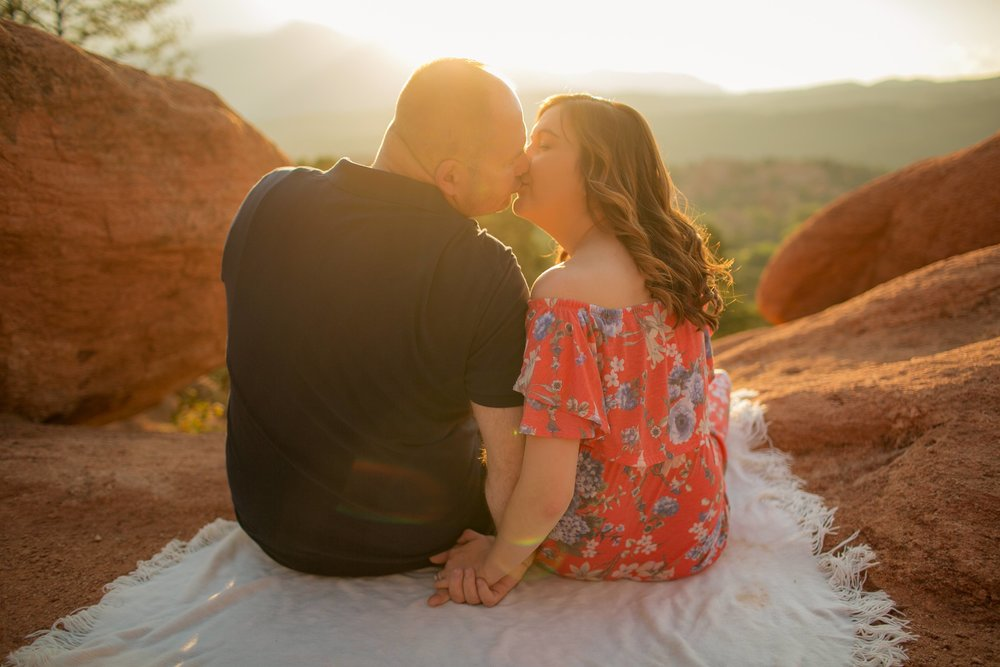 _GARDENOFTHEGODS_coloradoweddingphotographer_www.kisaconrad.com_20170902-607A1476-45 copy.jpeg