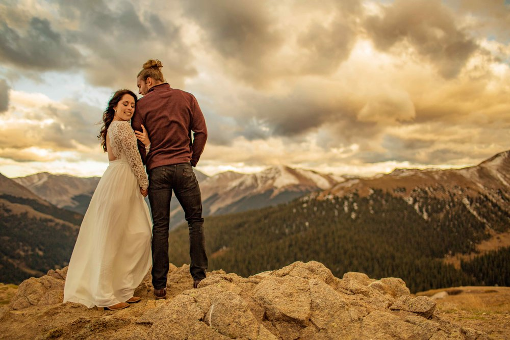 _independencepassengagementsession_coloradoweddingphotographer_www.kisaconrad.com_20170924-607A5955-56.jpeg