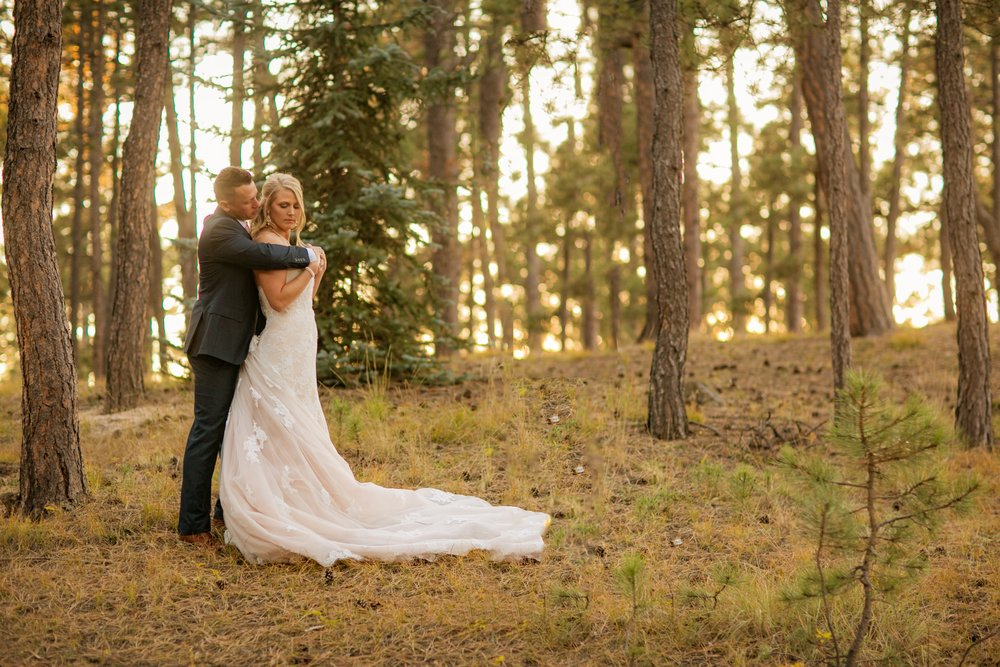 _coloradoweddingphotographer_wedgewoodblackforest_www.kisaconrad.com_20171008-607A9437-405.jpeg