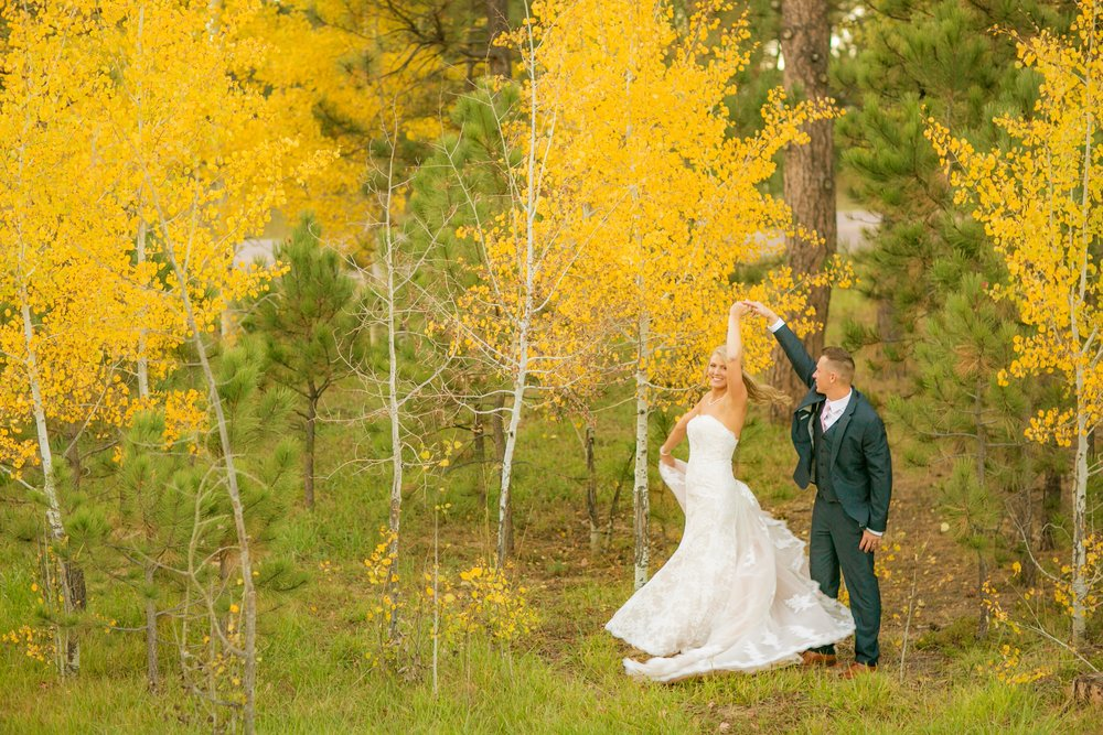 _coloradoweddingphotographer_wedgewoodblackforest_www.kisaconrad.com_20171008-607A9525-431.jpeg