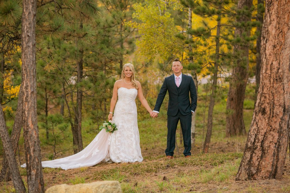 _coloradoweddingphotographer_wedgewoodblackforest_www.kisaconrad.com_20171008-607A9542-438.jpeg