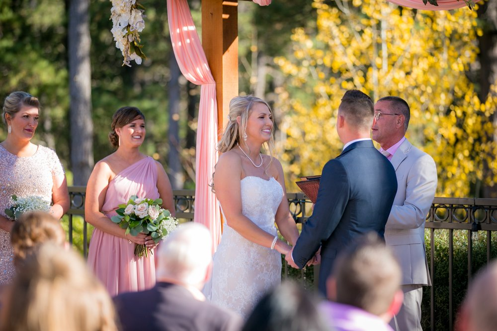 _coloradoweddingphotographer_wedgewoodblackforest_www.kisaconrad.com_20171008-IMG_7819-543.jpeg