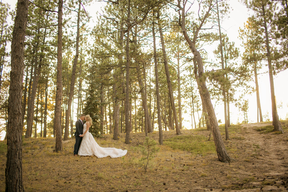 _coloradoweddingphotographer_wedgewoodblackforest_www.kisaconrad.com_