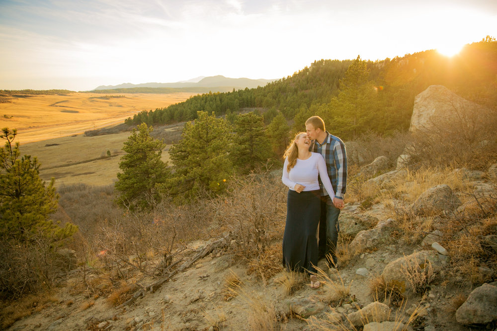 -colorado-wedding-photographer-denver-springs-vail-spruce-mountain-