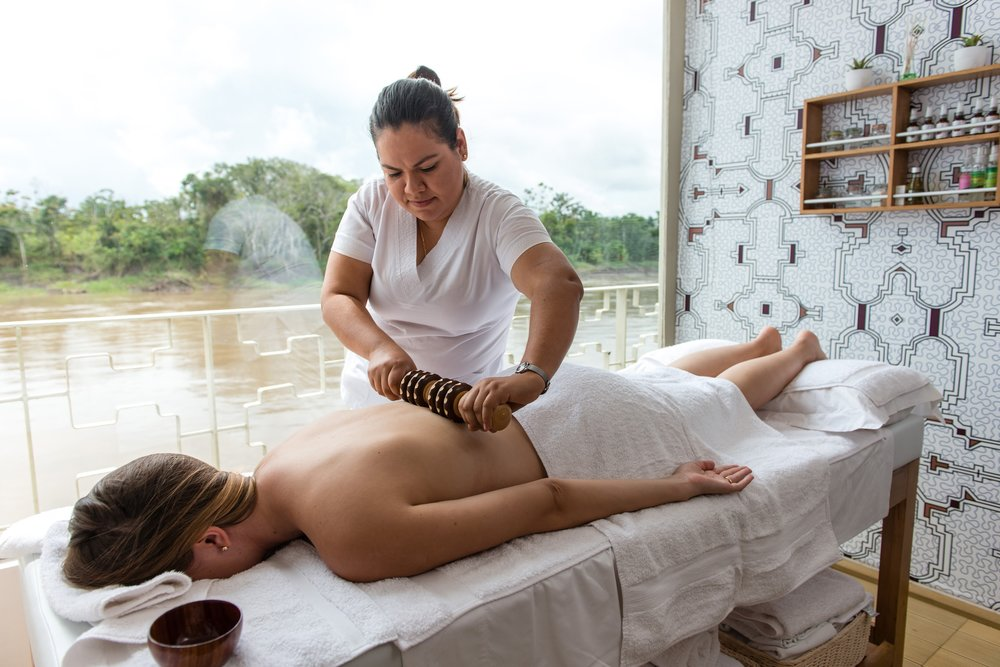 Massage aboard the Delfin in the Amazon