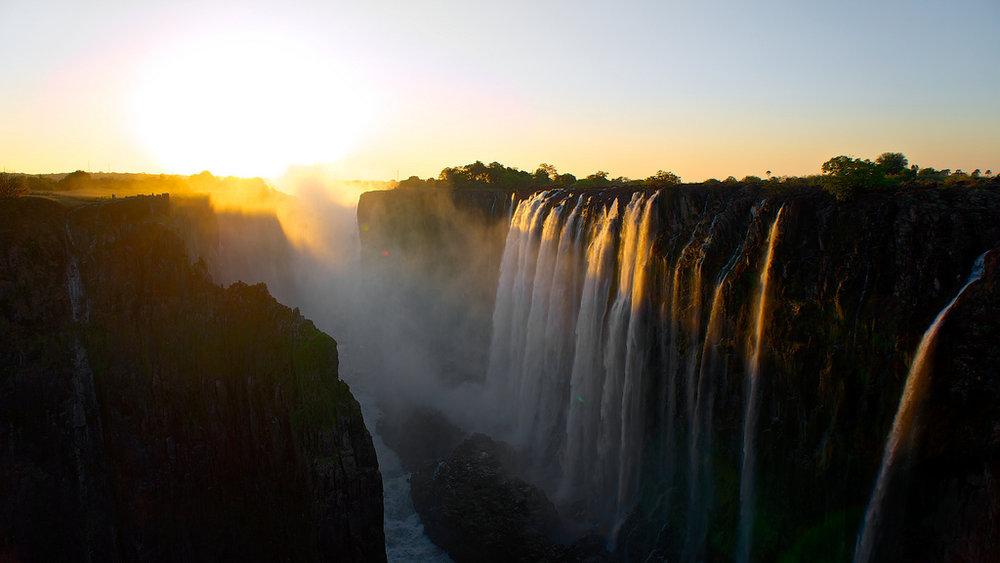 Day 7 - Thorntree River Lodge, Livingstone (Victoria Falls)