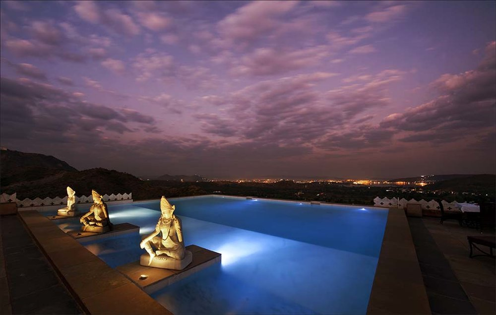 fateh garh udaipur pool at night.jpg