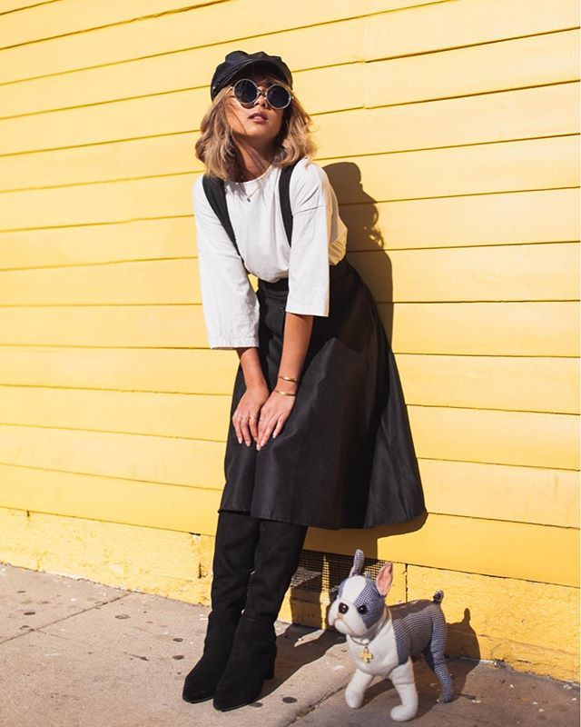 The moment that I've been waiting for! 😱 I finally have my LA fashion haul story on fashiongabbs.com 💻 (link in the bio) I love the pieces I copped, and I've already worn most of them 😍 Yes, that's a dog purse. Yes, he is a male. His name is Oscar. 💕 Thank you Alex for making my last day awesome with this photoshoot! 🙏🏼 . . . 📷 @_alexhong . . . #lafashion #fashionhaul #stylehawaii #lastyle #personalstyleblogger #fashionbloggerstyle #thriftedstyle #ootdfash #whatiwore #ootdbloggers #stylesubmit #stylepost #whowhatwearing #stylinginspo #fashiongrammer #stylistlife #personalstyling #kneehighboots #paperboyhat #vintagestyling #outfitposts #abbotkinney #steampunkinspired #vintageinspired #fashionportrait #portraitstyle #thriftedthis