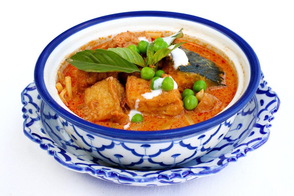 Red Pumpkin Curry w Tofu.jpg