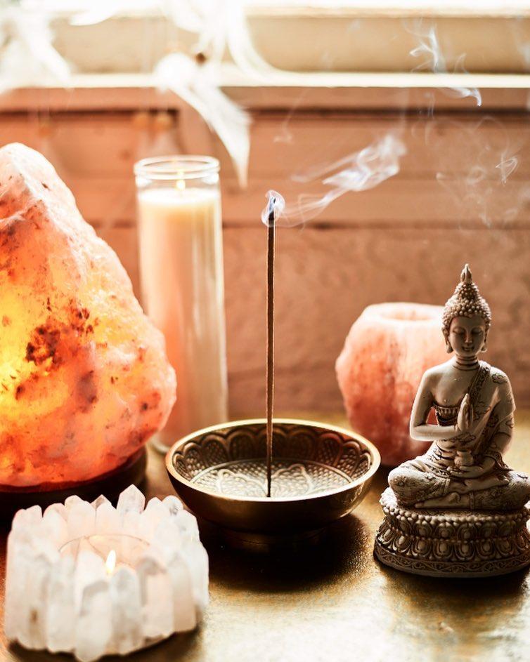 Magia y sueños - como armar tu altar imaginario. Libro recomendado