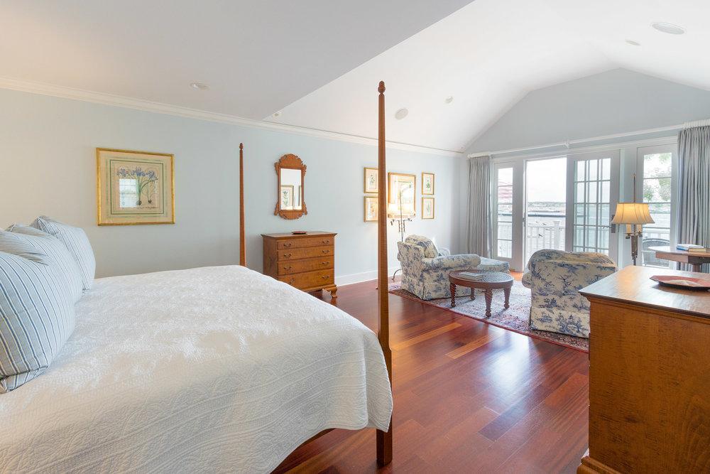 THIRD FLOOR VIP BEDROOM - HARBOR VIEW