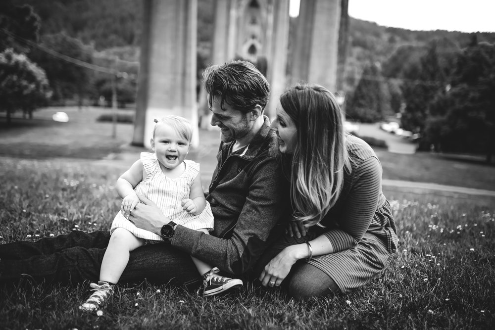 FAMILY & DOCUMENTARY - Mini Session: 30 Minute session $249Full Session: 1 Hour session $425Large Group Session: $500