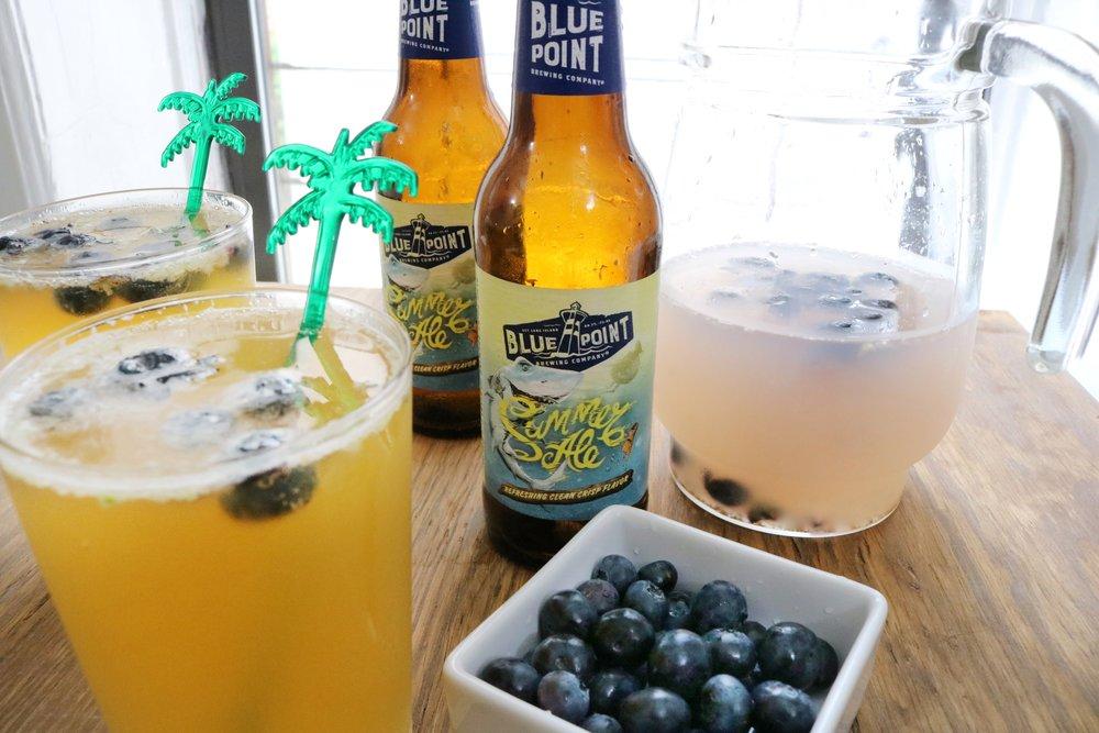 Blueberry Summer Shandy Beer Cocktail #beer #summerbeer #summerbbqs #summerale #blueberries #cocktailrecipes