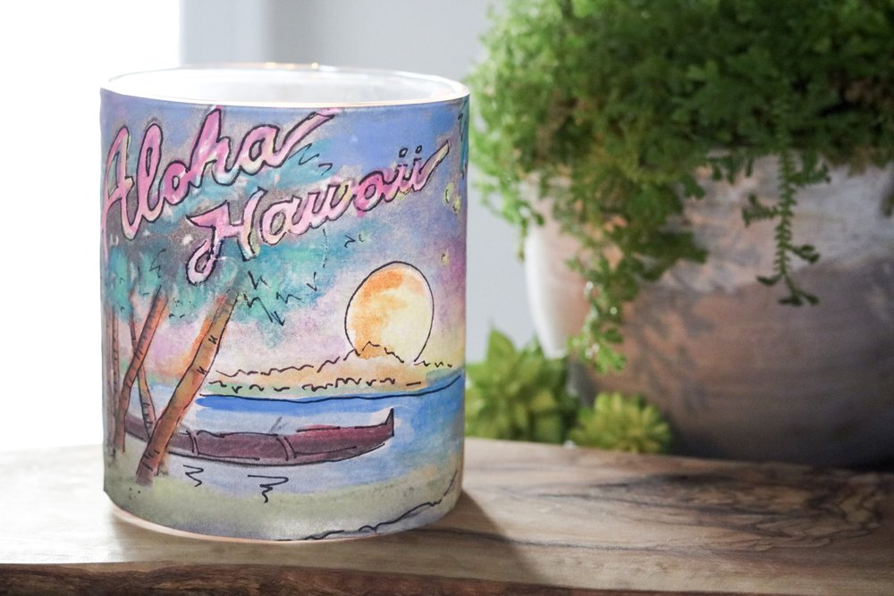 3 Easy DIY Summer Candles #summercrafts #candles #summerdiy #candle #vacation #sand #beach #watercolor #vinyl #stickers #summervacation #summerdecor