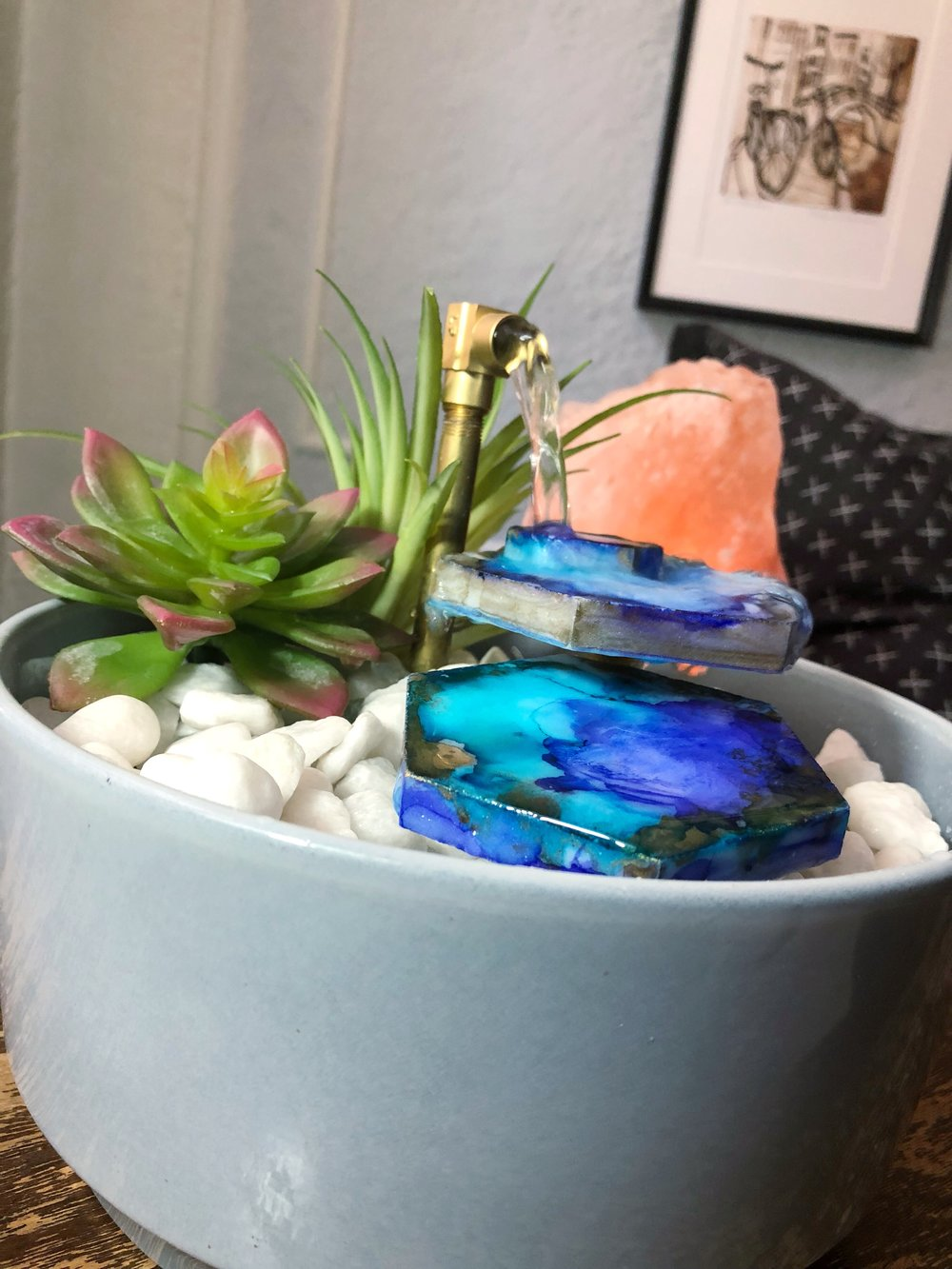 DIY Relaxing Tabletop Fountain-create your own zen garden with a few inexpensive materials.