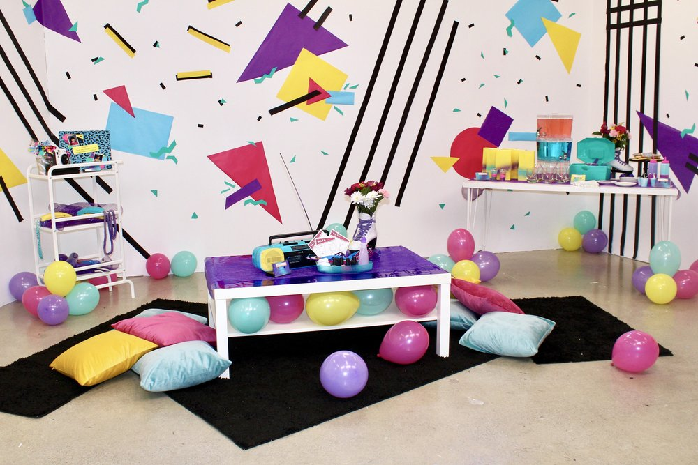 Totally 80's Tiny Birthday Party Challenge with Evite! #birthdayparty #birthday #birthdaydecorations #birthdaypartydiy #birthdaydecor #eighties #eighty #1980s #80s #celebration #smallspaces #tinyroom #tinyparty #popcornbar #veganbirthdayparty #madonna #ilovethe80s #veganparty #poptarts #partyplanning #themedparties #cassettetape #dollarstorediy #90s #dollarstorepartydecor