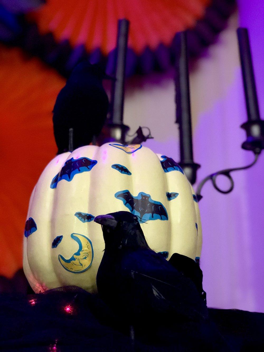 No carve pumpkin, no mess Mod Podge Halloween decoupage pumpkin DIY