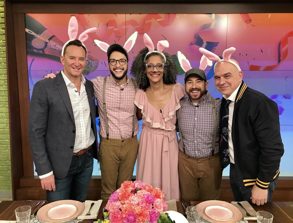 Crafty Lumberjacks on The Chew! We're looking back and sharing a little bit about our experience on The Chew and how to make larger egg vases using plaster strips and balloons. #easterdiy #eastertable #easterdecorations #easterdecor #flowervase #flowers #easycrafts #craftylumberjacks #thechew #clintonscraftcorner #abc #easter