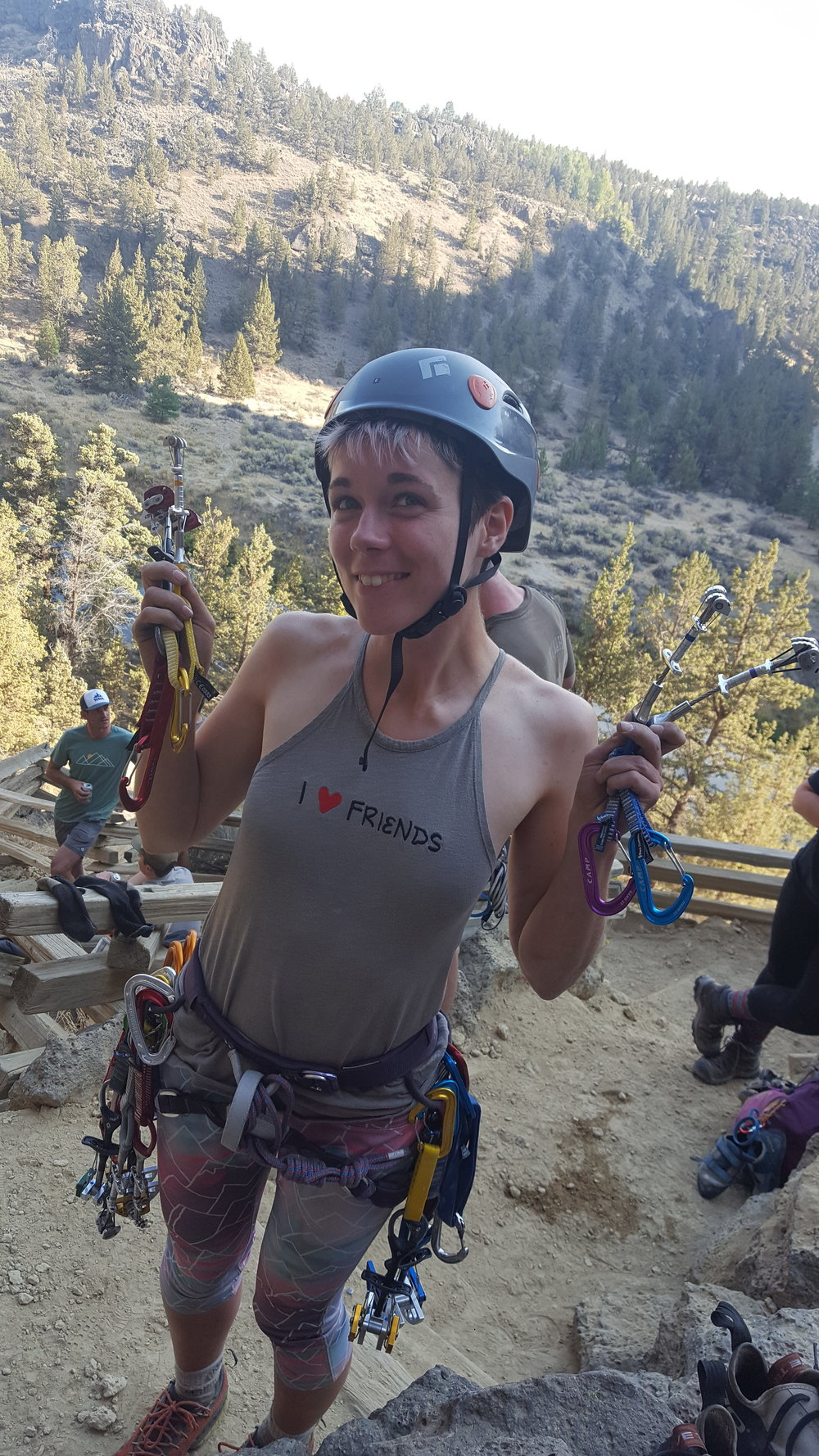 Nastassia is an avid long distance hiker who loves to hike and run as far as she can. Here she is sharing her love and passion for traditional climbing!
