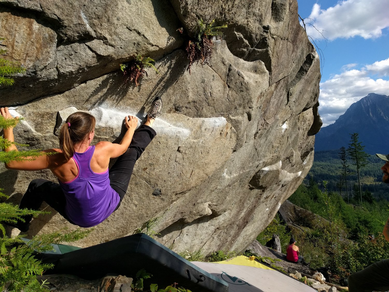 Outdoor Bouldering Course Programs Never Stop Moving Women S Rock Climbing Organization