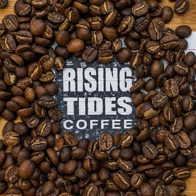 My man @ronsashi is roasting some extremely delicious coffee to order over at @risingtidescoffee, check it out.  I met him and @tiny_spicy trekking the W in Chilean Patagonia with @skapor. I thought I was crazy for bringing pre-ground coffee and a lightweight drip cone, until he showed up with whole beans, a hand grinder, and an aeropress. Much love. #thirdwavecoffee #coffeegeek #coffeetime #coffee