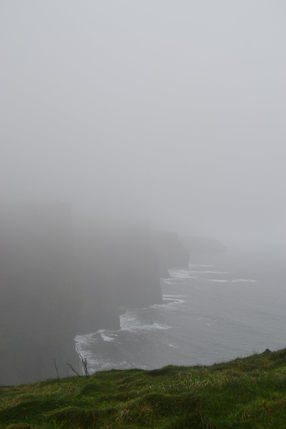 bri rinehart; cliffs of moher; day trip; ireland