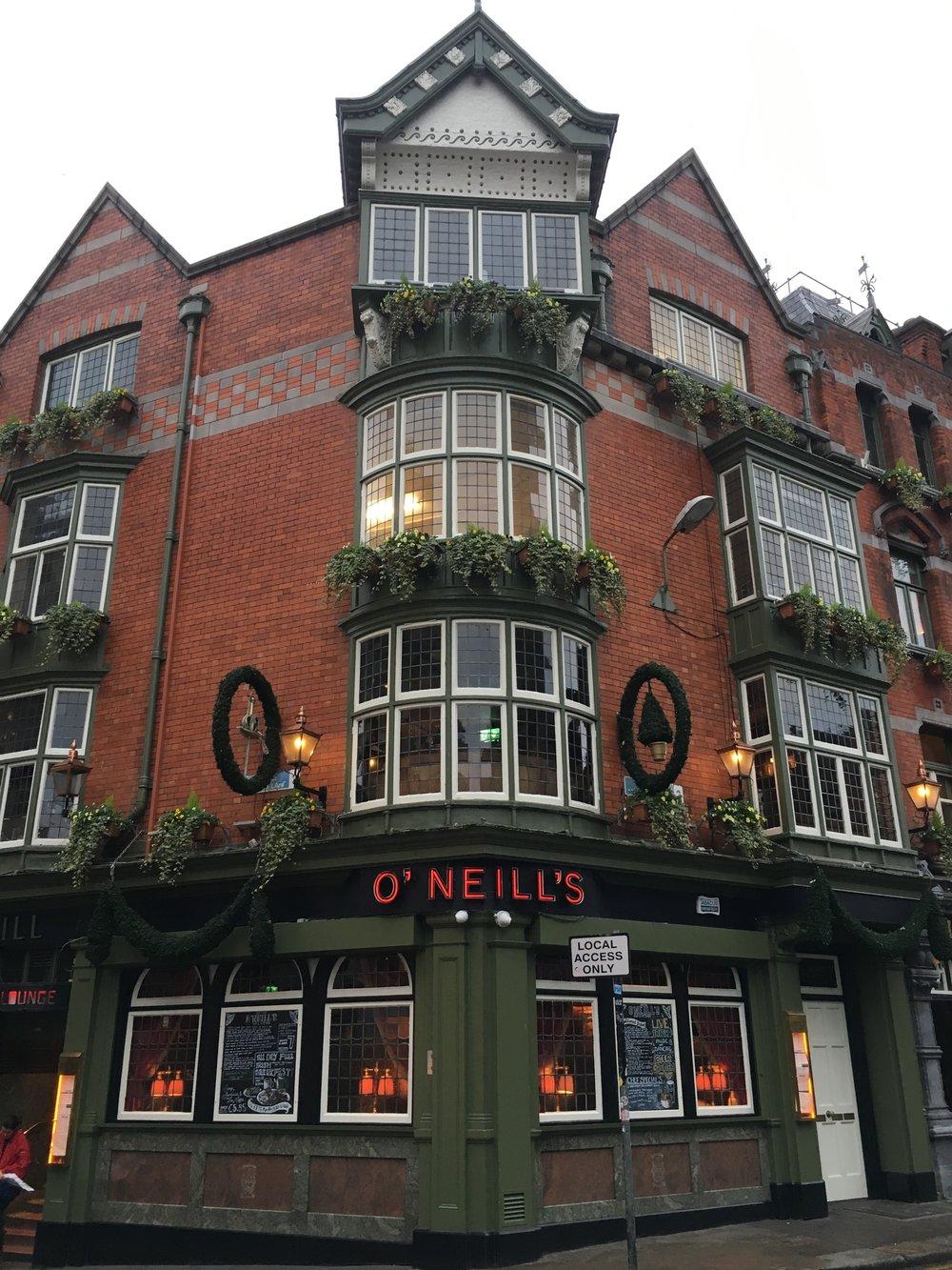 bri rinehart; pub; o'neill's; dublin; ireland