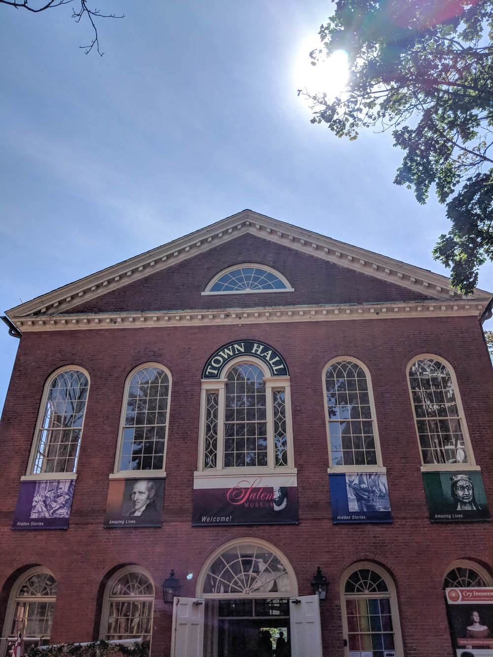 bri rinehart; photography; salem; town hall