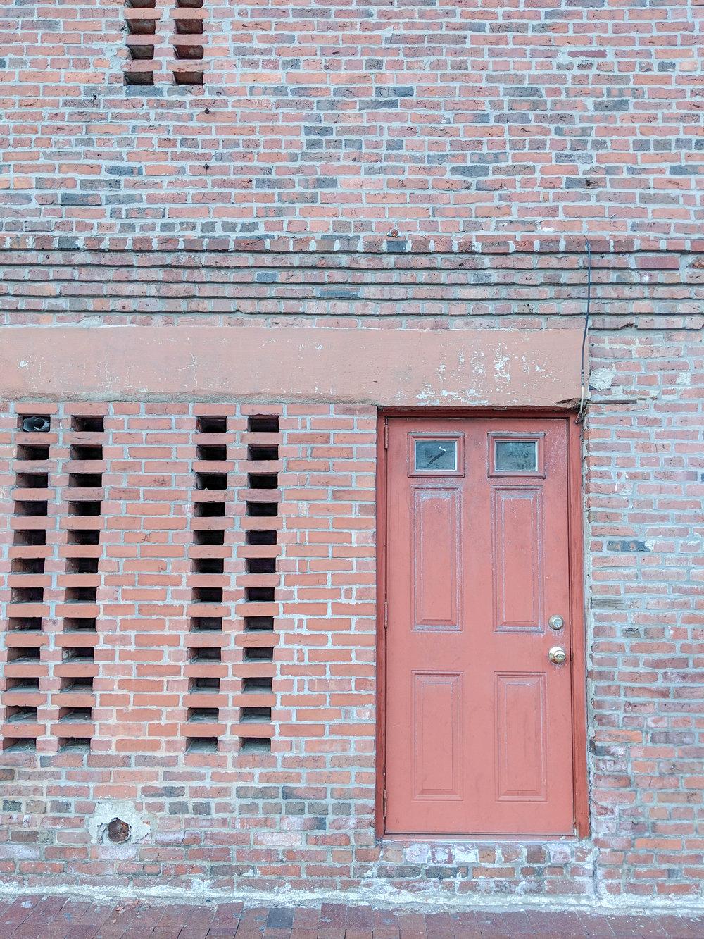bri rinehart; photography; boston; north end; door