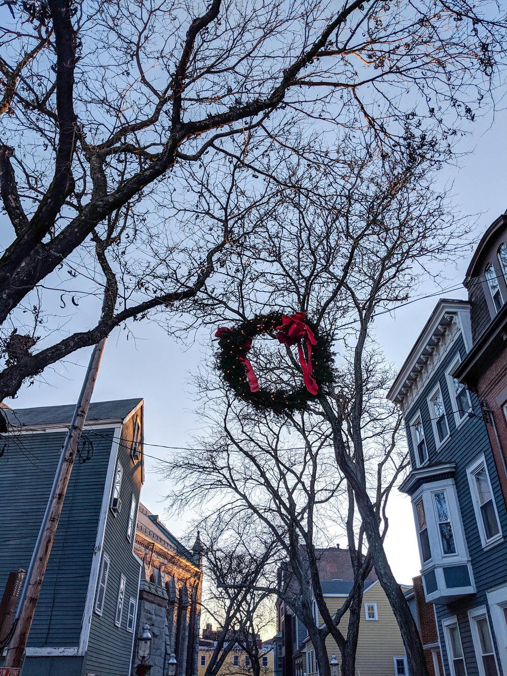 bri rinehart; photography; boston; Christmas; wreath; charlestown
