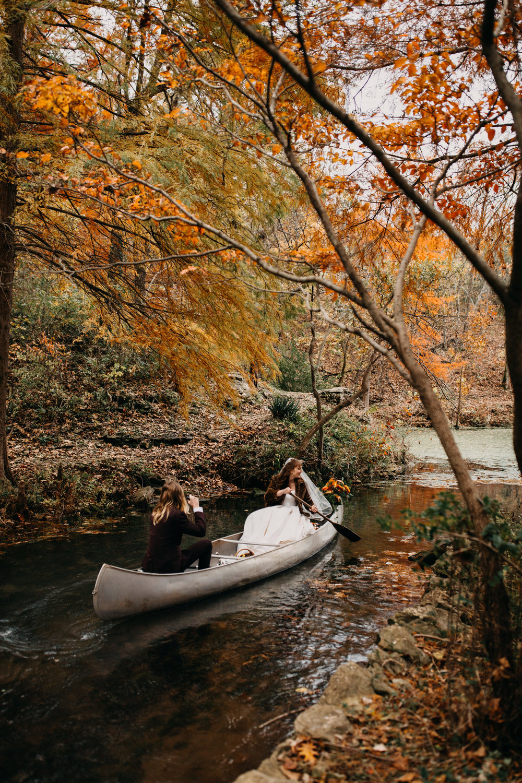 Jessie + Matt Getaway Canoe | Inner Images Photography