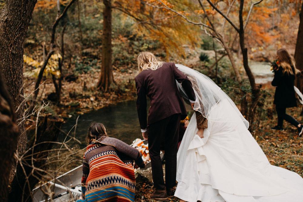 Jessie + Matt Get Away Canoe | Inner Images Photography