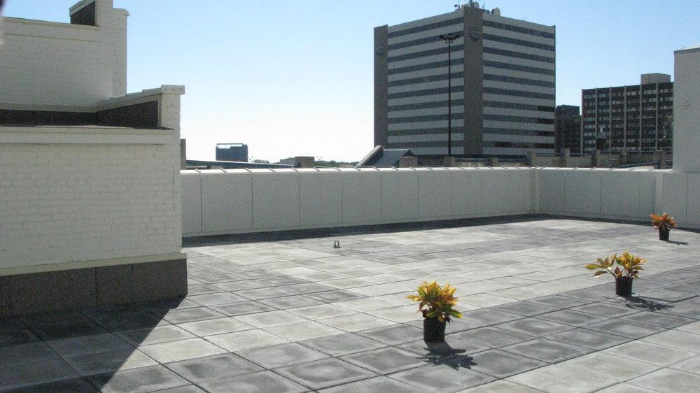 Leader roof deck 2.JPG