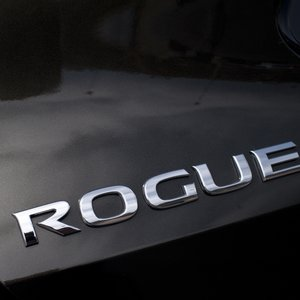 Rogue<br><span>(Nissan)</span>